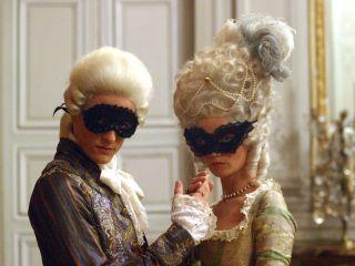 Marie-Antoinette avec Caroline Bernard docu-fiction de Grubin) - Page 2 3sa_1510