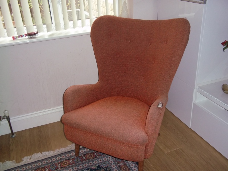 1960's wing back chair 100_1534