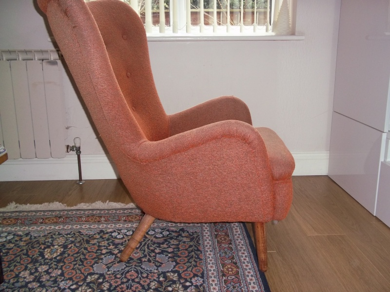1960's wing back chair 100_1535