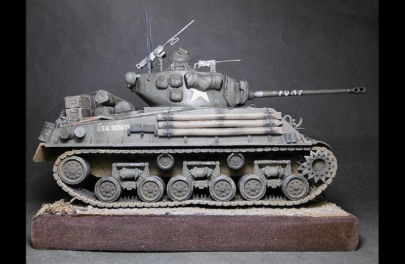 "Sherman M4A3 version "" FURY "" Italeri 1/35 Fin_610"