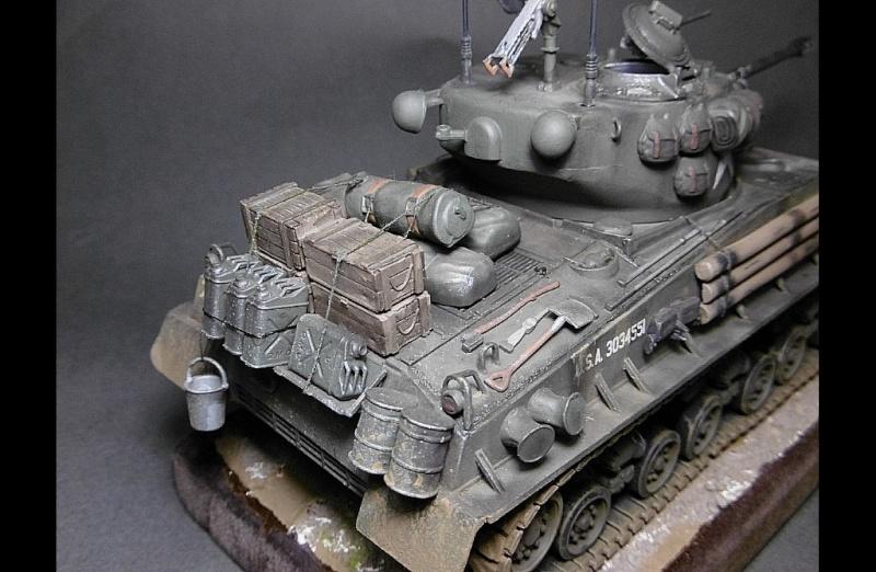 "Sherman M4A3 version "" FURY "" Italeri 1/35 Fin_710"