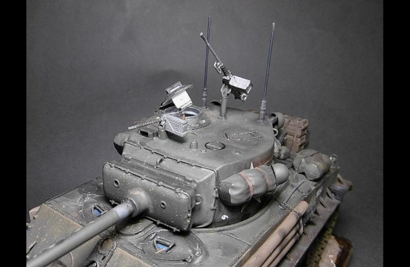 "Sherman M4A3 version "" FURY "" Italeri 1/35 Fin_810"