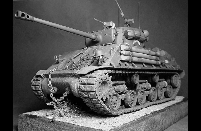 "Sherman M4A3 version "" FURY "" Italeri 1/35 Fin_910"