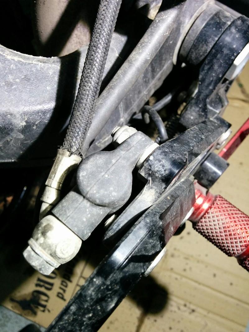 Toto: changer le maitre cylindre de frein AR Img_2013