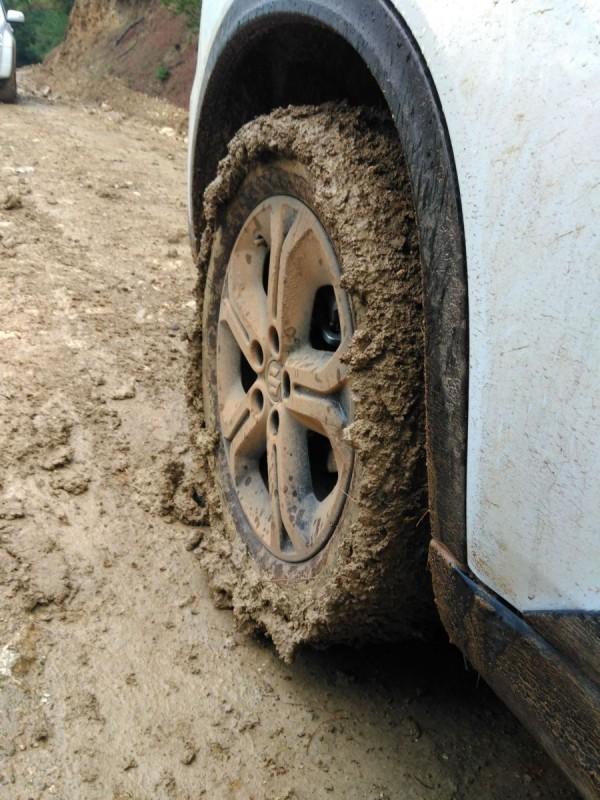 vitara 1.4 s @ mud Vitara13