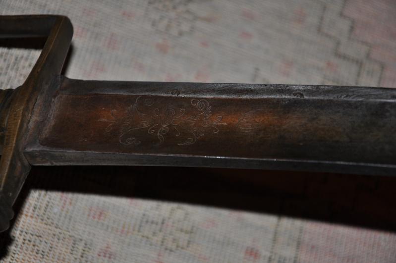 Identification ponçon sabre de grenadier Dsc_0214