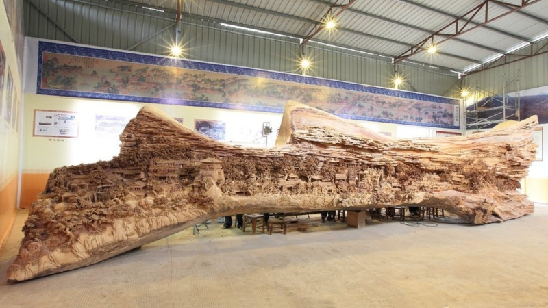 Sculpture sur bois Att00011