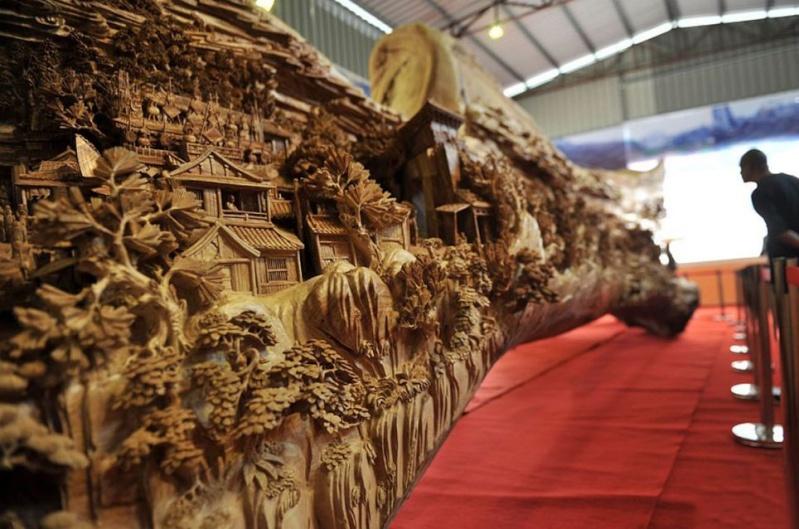 Sculpture sur bois Att00014