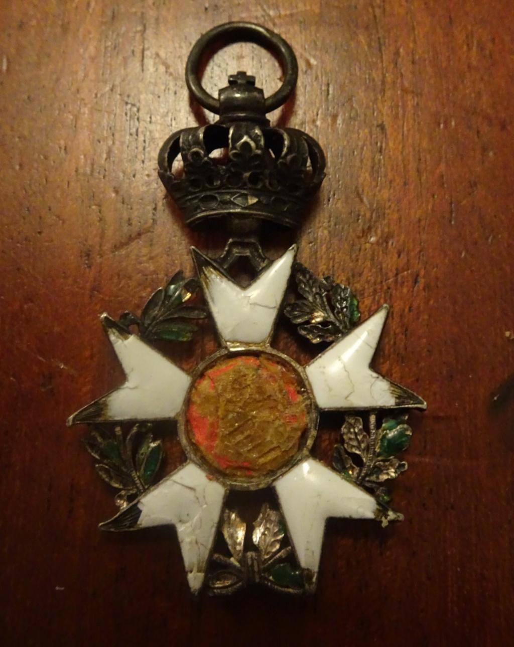 2 médailles de la Légion d'honneur Ier Empire Dsc01814