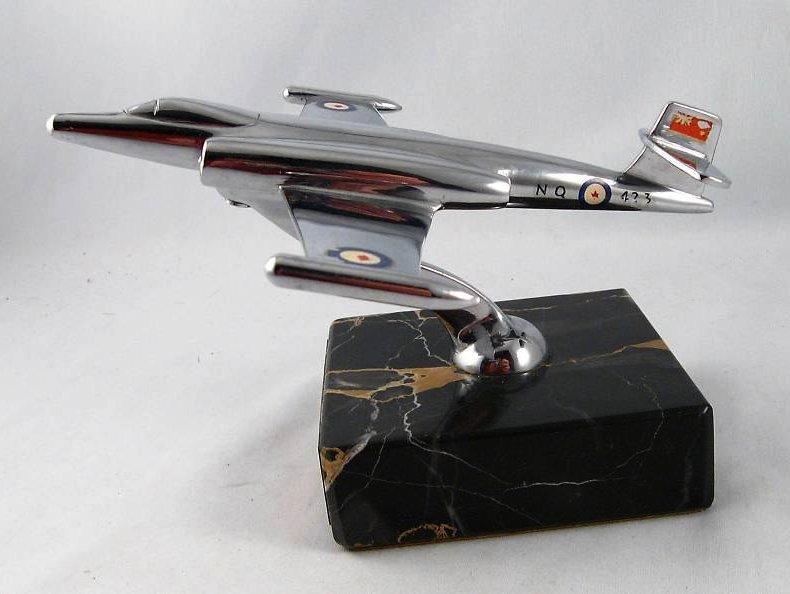 RCAF Presentation models Cf100-10