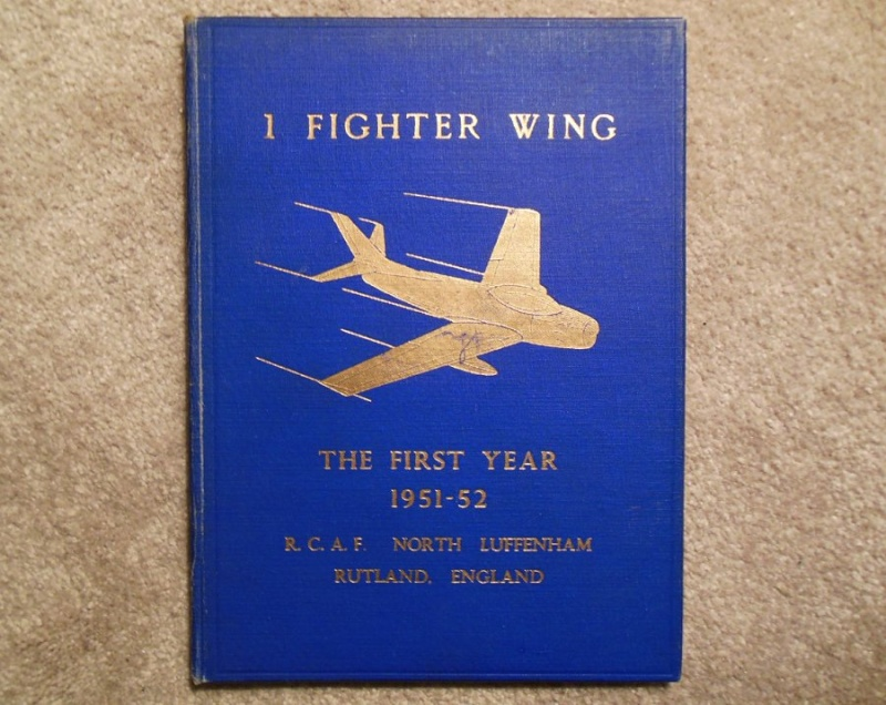 RCAF Presentation models Vic-510