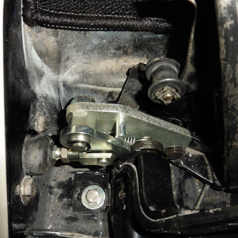 denis du bas rhin et sa Karmann Ghia de 73 sortie de grange - Page 25 P1030611