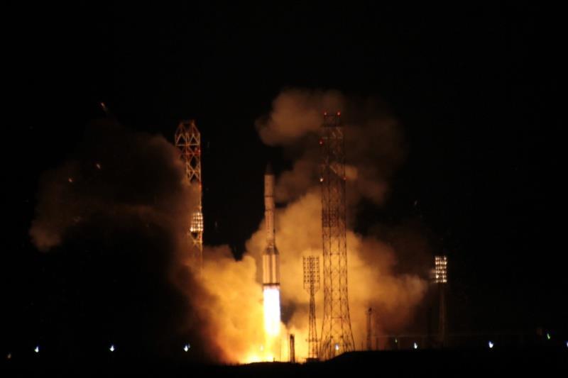 Lancement Proton-M / Eutelsat-9B - 29/01/2015 [succès] - Page 3 Screen94