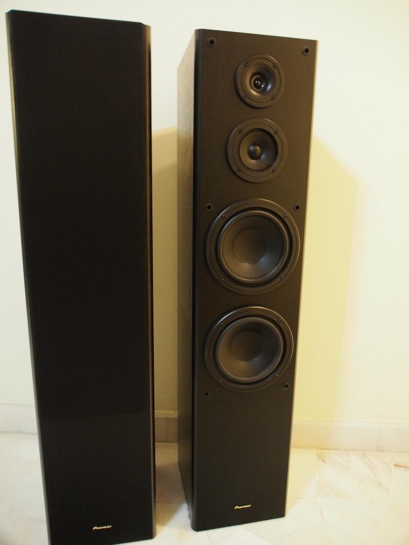 Pioneer Floor Standing Front Speakers (used) P1080112