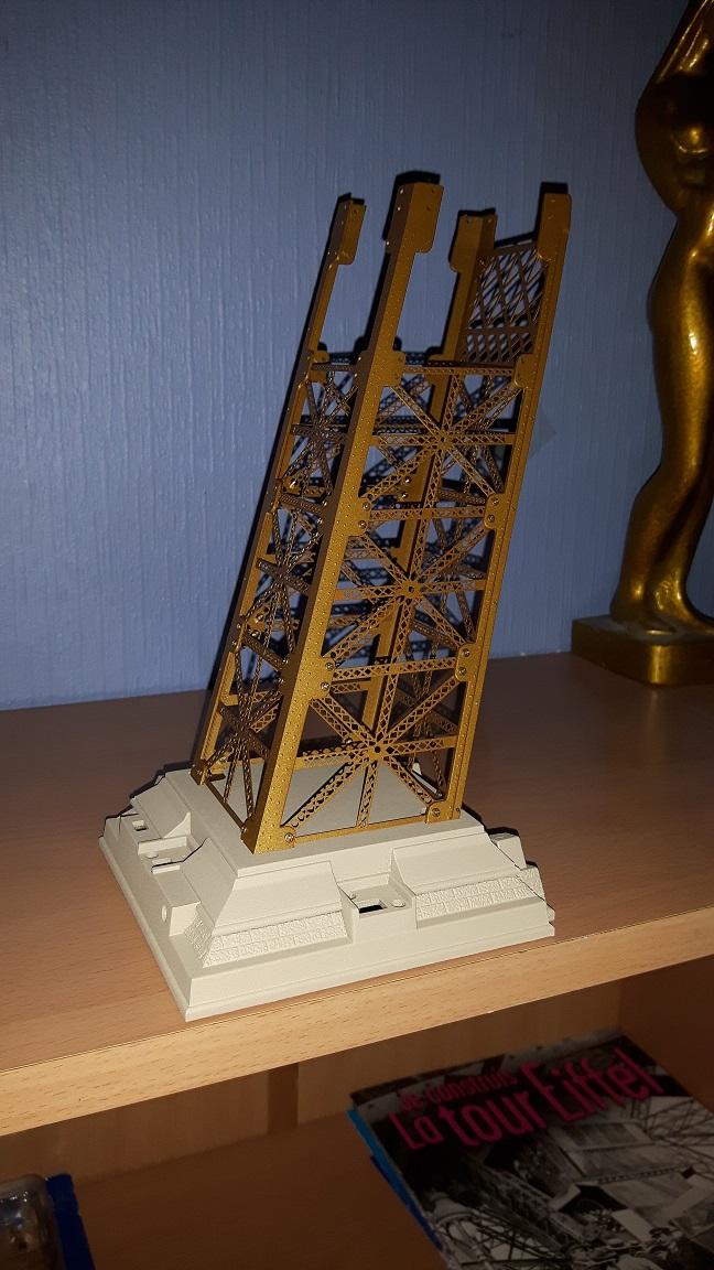 Numéro 4 - Je construis la Tour Eiffel - La tour Eiffel et la mode 20160118