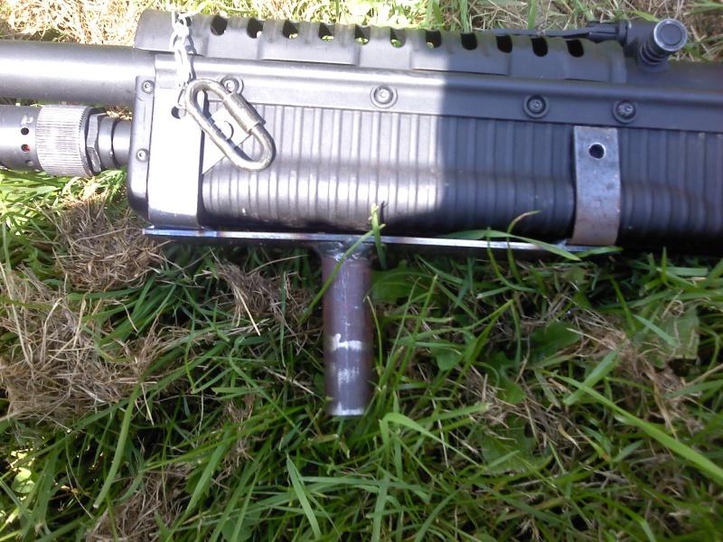 Trépied pour M60VN Poigny10