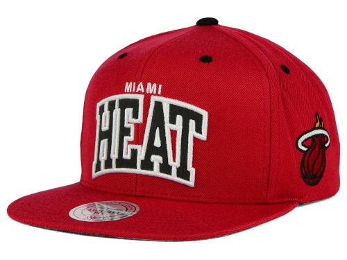 Miami Heat 2500 pesos only 142
