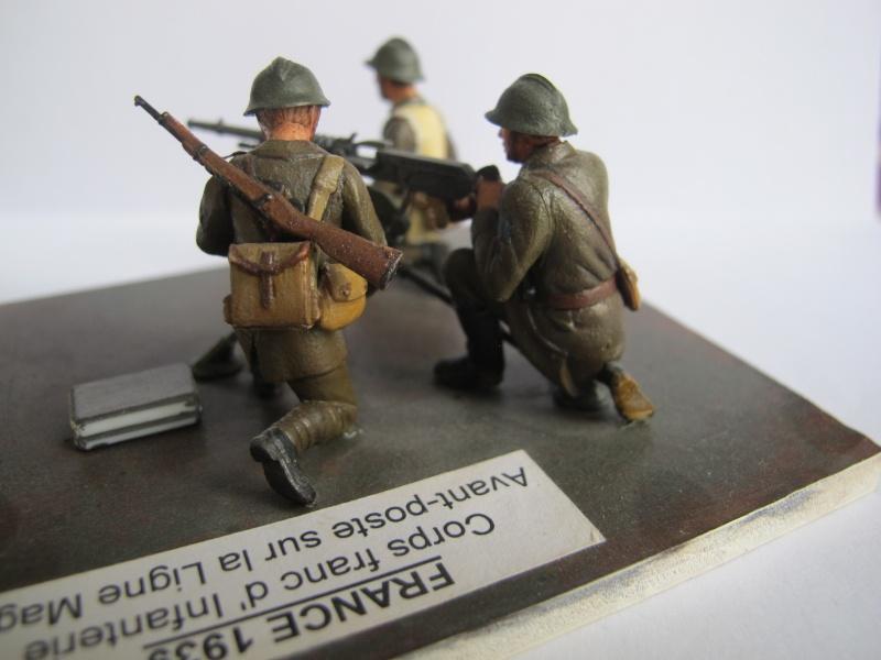 Figurine Heller. Groupe mitrailleuse Hochkiss 1939 au 1/35e Img_2518