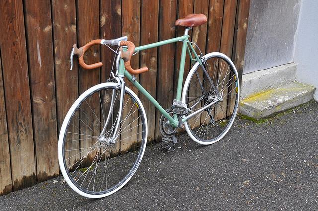 """Vélo course des années 80 """"vintagisé"""" 16446811"""