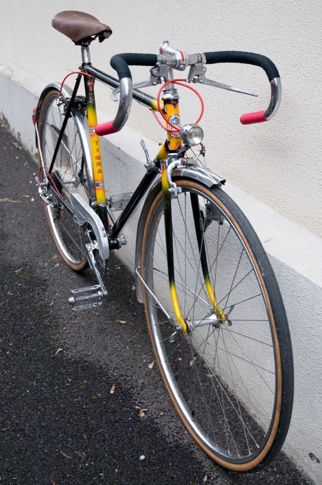 Tigra, vélo suisse de la fin des années 60 Dsc_3118