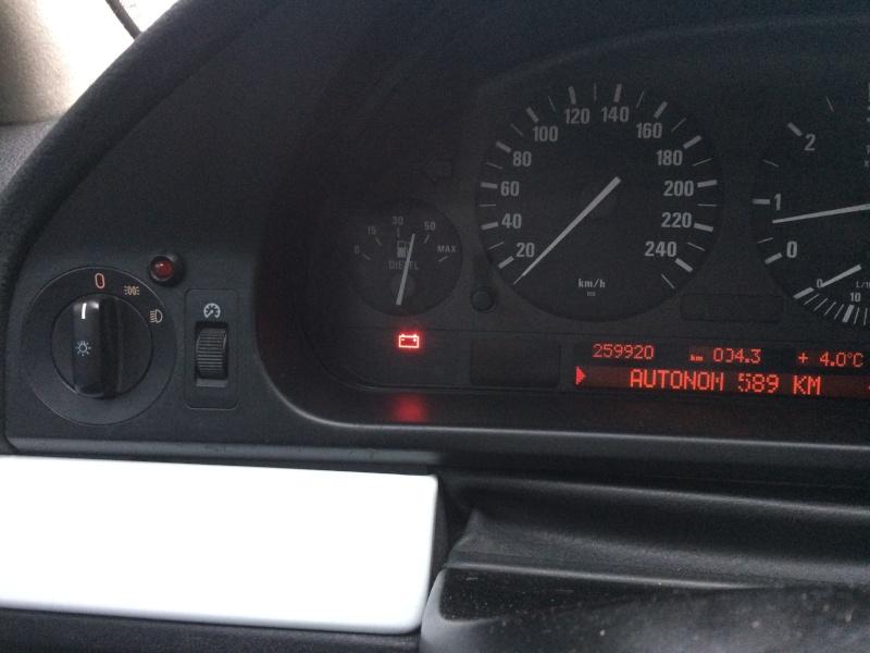 [ BMW E39 530DA M57 an 2000 ]   voyant batterie clignote, alternateur ? (Résolu ) Img_4011
