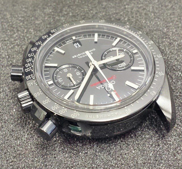Choix entre Omega Speedmaster DSOTM et Blancpain Bathyscaphe X8718710