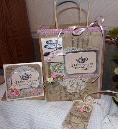 GIFT BAGS & TAGS SWAP -Partnered !!  DUE BY AUGUST 15th  Tea_fo11