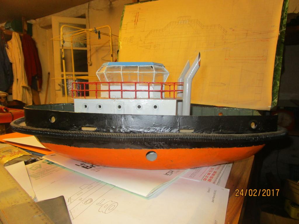 Barge-grue portuaire Orno (scratch RC 1/50°) de Caboteur44 Img_0014