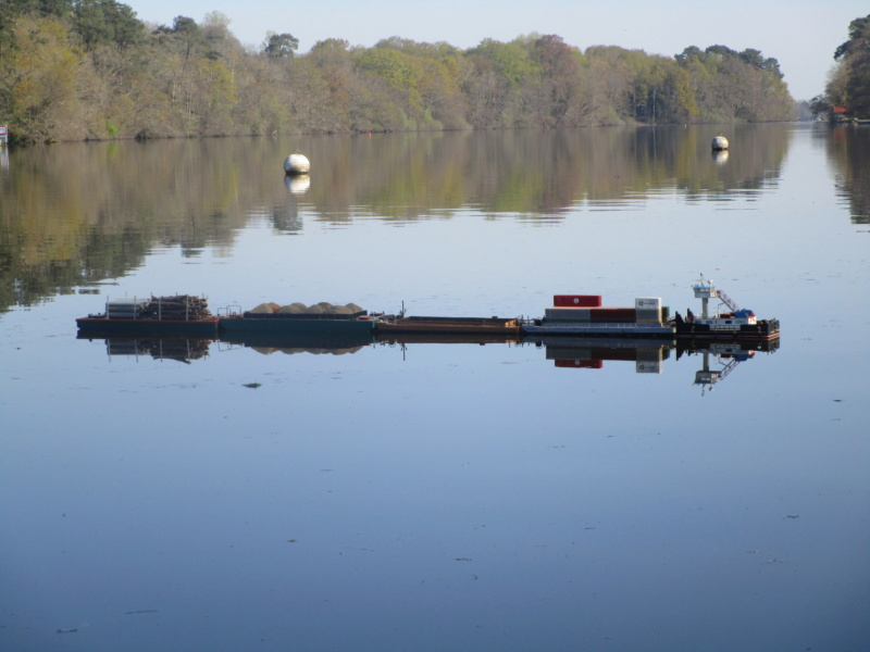 Pousseur & barges Menvussa/France 6 & 7 (scratch) de Caboteur44 Img_1612