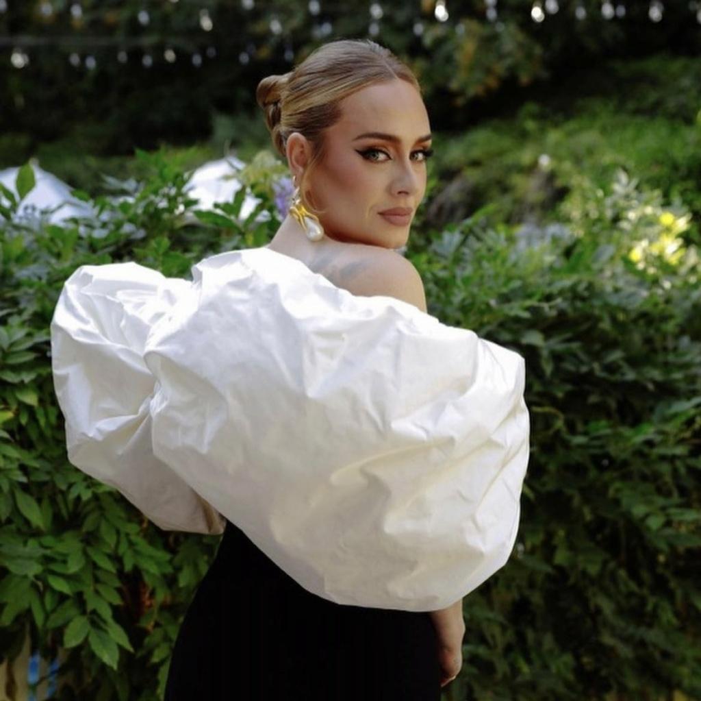 Adele  - Σελίδα 8 20210912