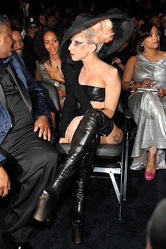 Lady Gaga - Σελίδα 19 97648c10