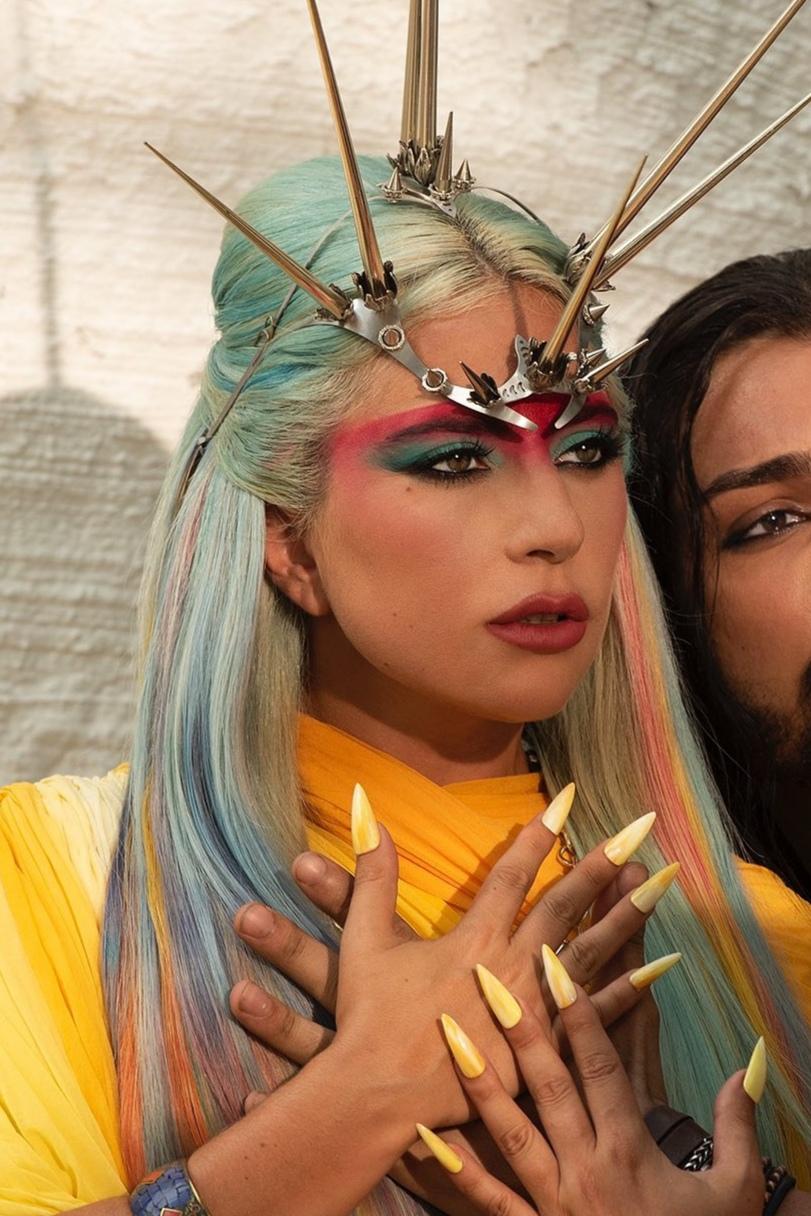 Lady Gaga - Σελίδα 48 Img_2023