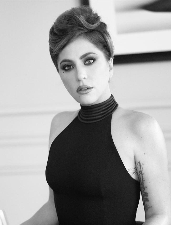 Lady Gaga - Σελίδα 29 Img_2028