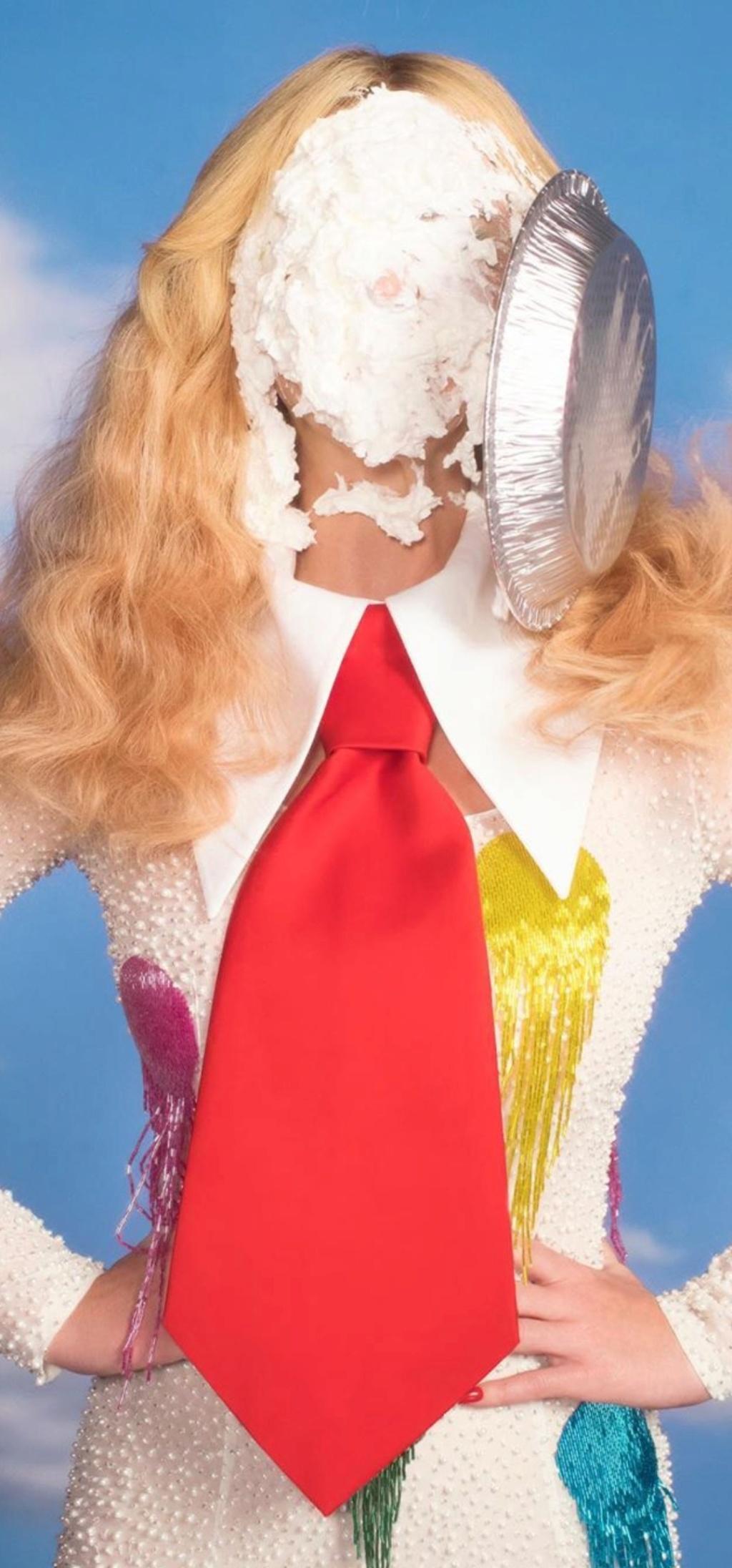 Katy Perry  - Σελίδα 46 Screen22