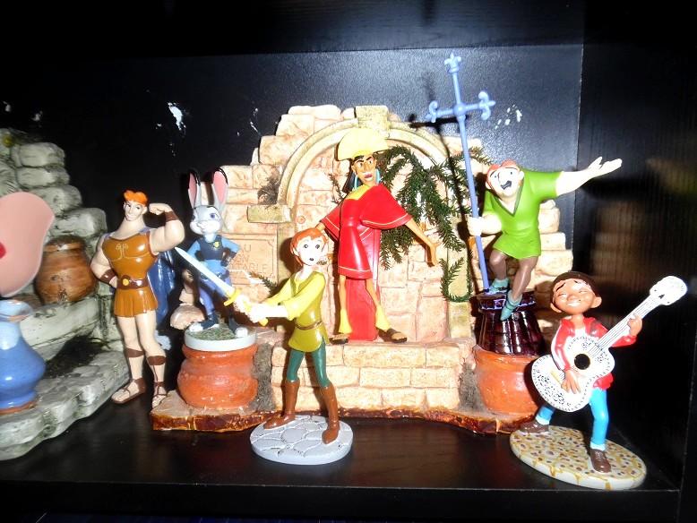 [Collection Press] N° 1 Walt Disney figurines de collection - Hachette - 01/2017 - Page 31 Sam_3218
