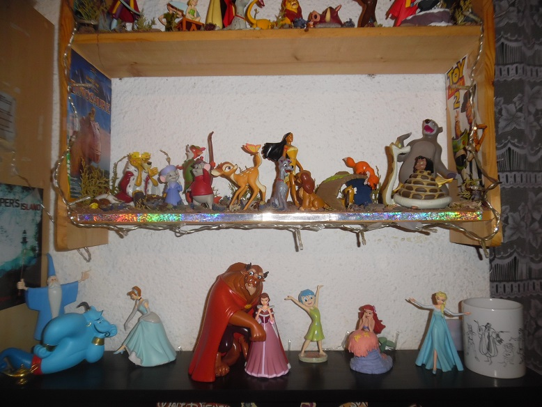 [Collection Press] N° 1 Walt Disney figurines de collection - Hachette - 01/2017 - Page 31 Sam_3222