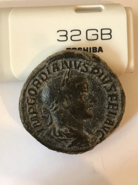 Sestercio de Gordiano III. MARS PROPVGNAT - S C. Marte en marcha a dcha. Roma.   71126710
