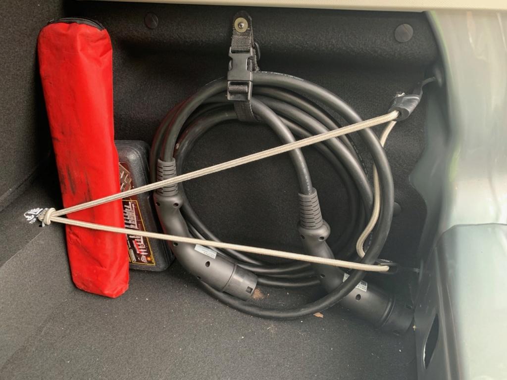 Rangement des câbles : Fabrication d'un double fond de coffre - Page 12 Img_4815