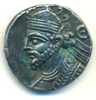 Partia Vologases III Tetradracma T305a10