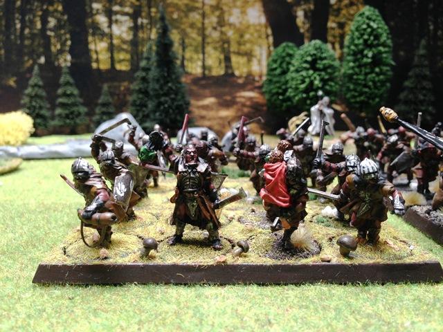 Sauron et ses 10 Armées - L' Armée de L'Immortel - Page 3 Img_0210