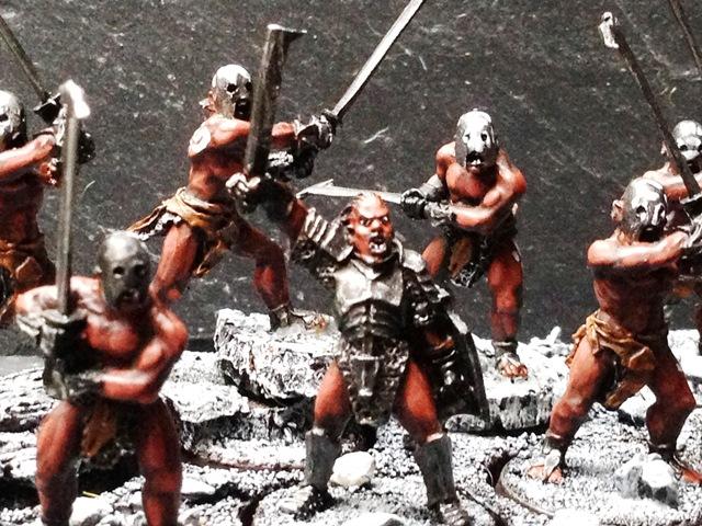 Sauron et ses 10 Armées - L' Armée de L'Immortel - Page 3 Img_0212