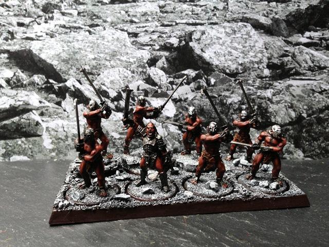Sauron et ses 10 Armées - L' Armée de L'Immortel - Page 3 Img_0213