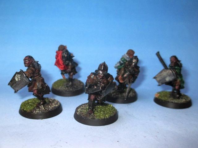 Sauron et ses 10 Armées - L' Armée de L'Immortel - Page 3 Img_0911