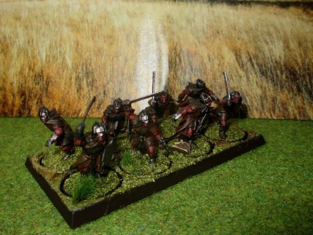 Sauron et ses 10 Armées - L' Armée de L'Immortel - Page 3 Img_1010