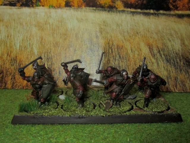 Sauron et ses 10 Armées - L' Armée de L'Immortel - Page 3 Img_1011