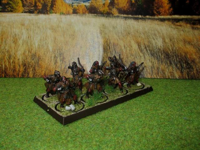 Sauron et ses 10 Armées - L' Armée de L'Immortel - Page 3 Img_1013