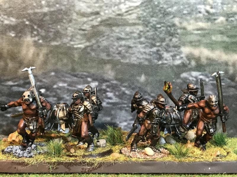 Sauron et ses 10 Armées - L' Armée de L'Immortel - Page 5 Img_2720