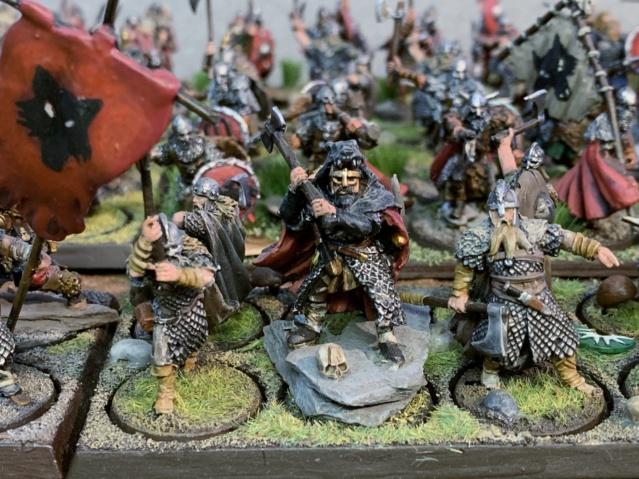 Sauron et ses 10 Armées - L' Armée de L'Immortel - Page 5 Img_3558