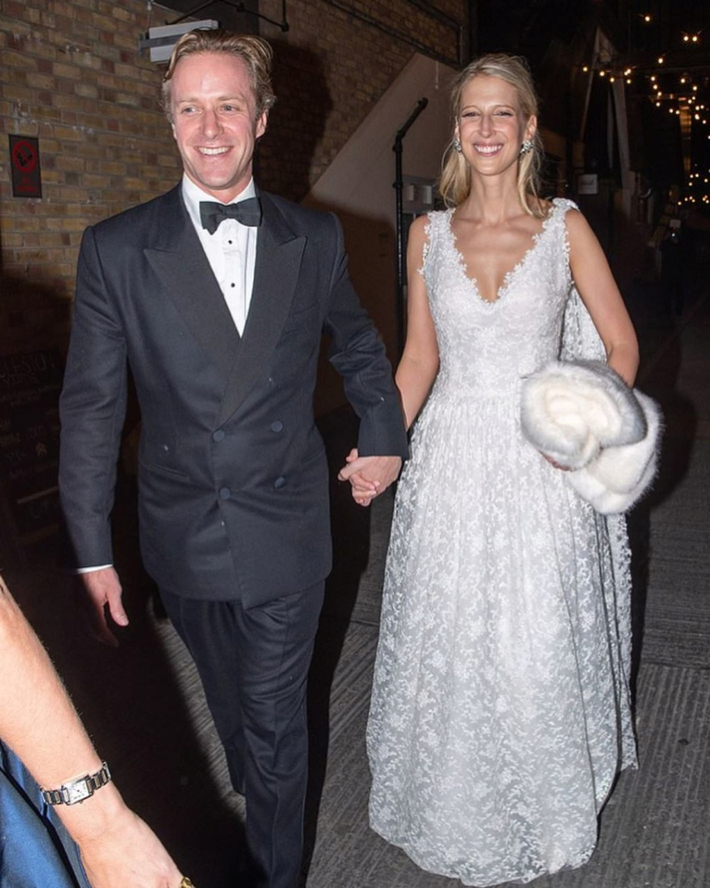BODA DE LADY GABRIELLA WINDSOR Y THOMAS KINGSTON. EL 18/05 - Página 6 Foto1206