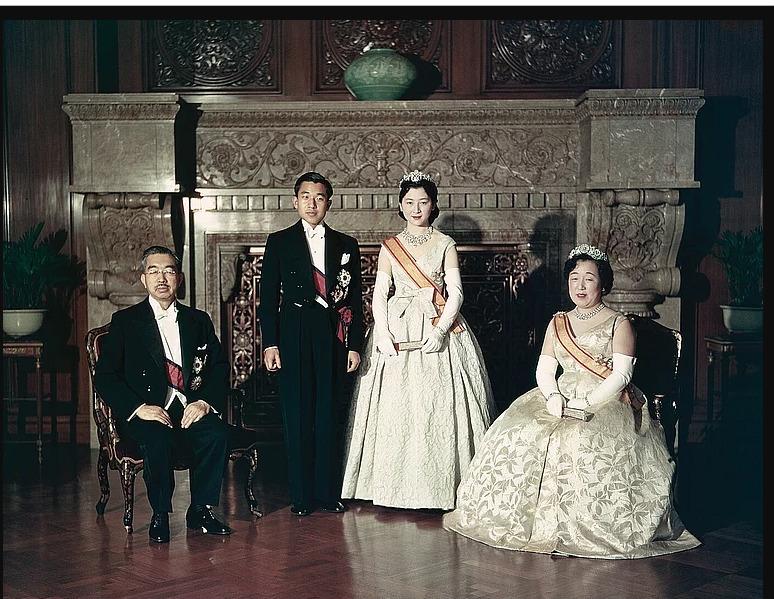 CASA IMPERIAL DE JAPÓN - Página 36 Foto1731